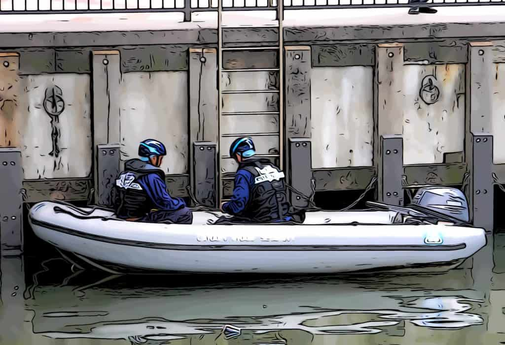 how-safe-is-canary-wharf-boat-security